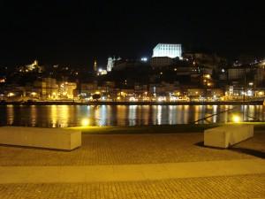 Gaia (la perte izquierda del río) desde Porto (la margen derecha)